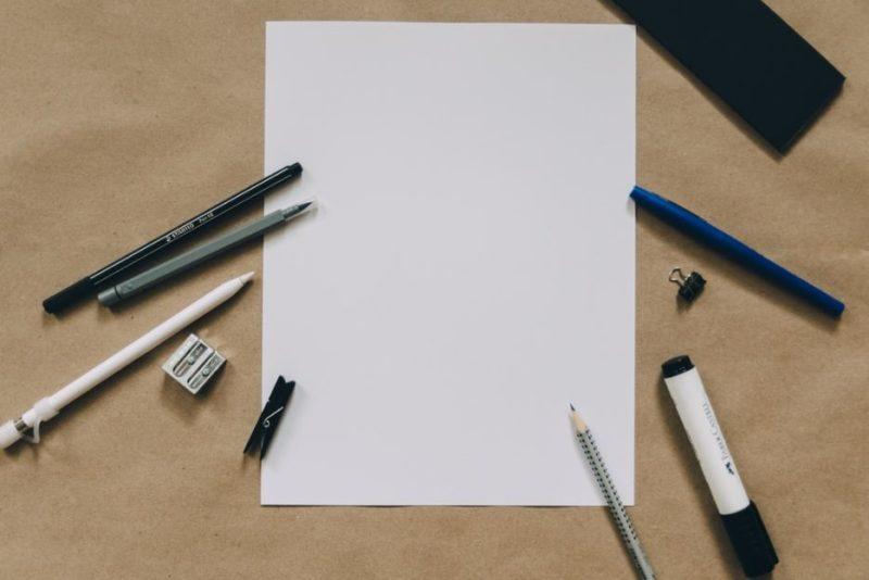 筆記用具の画像