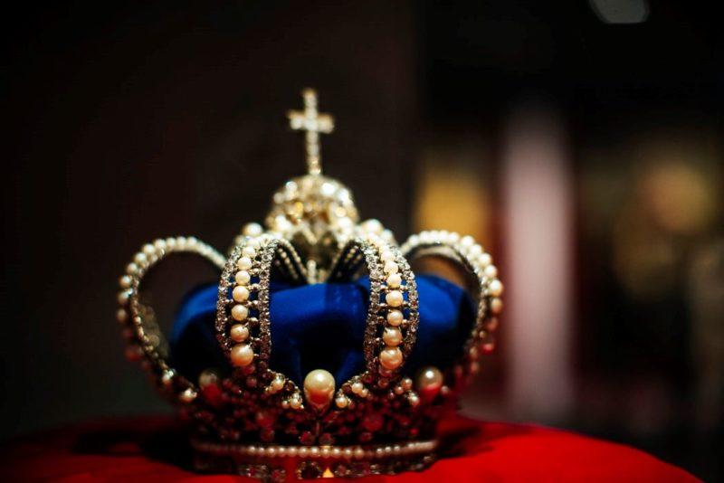 王冠の画像
